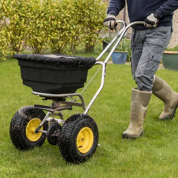 Lawn Topics ~ GreenView Fertilizer
